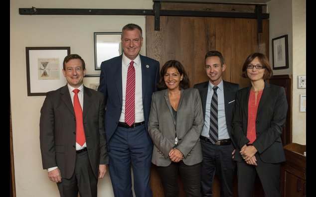 Mrs. Anne Hidalgo, Mayor of Paris, met with M. Bill De Blasio, Mayor of New York
